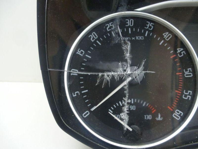 Tachometer Riss in ScheibeSKODA OCTAVIA COMBI (1Z5) 2.0 TDI