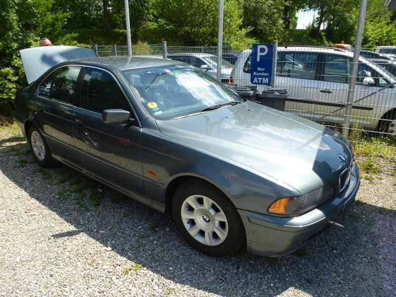 BMW 5 (E39) 525D